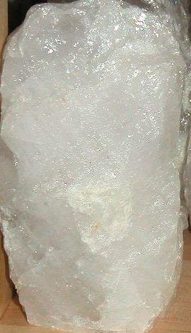 Brunnenstein - Quellstein gross Bergkristall oder Rosenquarz