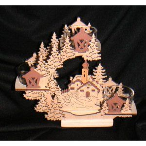 Holzteelichtleuchter mit gelaserten Figuren