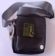 Hand- & Schultertasche grau 15*5*20cm Fairtrade recycelte Reifen