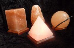 USB-Salzlampe Pyramide, Regenbogen-LED-Beleuchtung, wechselnde F