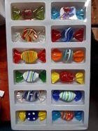 Set mit 12 großen Glasbonbons